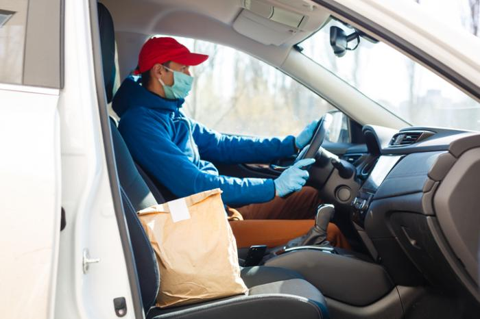 Uber's Food Delivery Service Outshines Ride Service