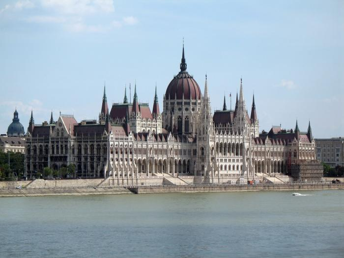 MTV: Europe Music Awards to Counter Hungary's Anti-Gay Laws