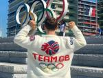 Watch: Tom Daley Unveils Adorable Team Great Britain Knitted Cardigan